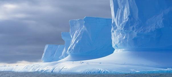 Shock-landscape-Antarctic-glaciers_1680x1050